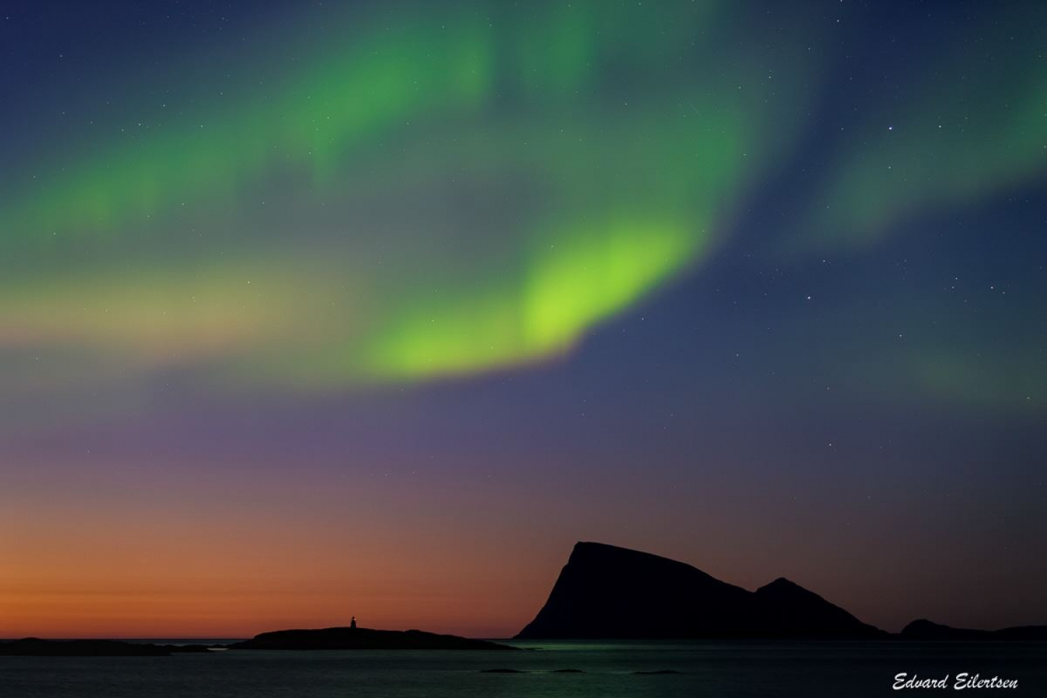 Northern Lights above the island Håja